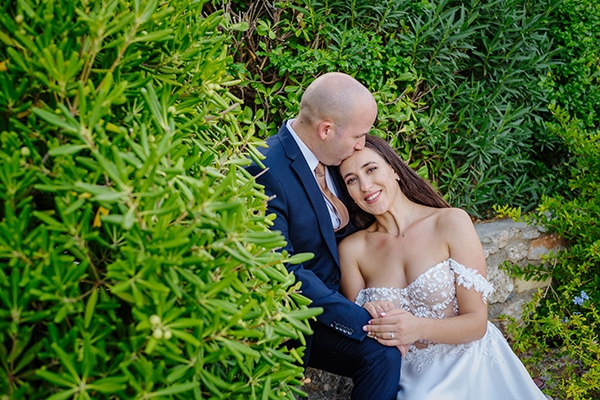 summer-military-wedding-athens-lush-floral-design-romantic-details_07x