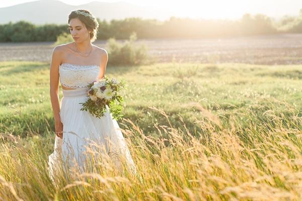 summer-wedding-athens-bohemian-elements-baby-breaths_02