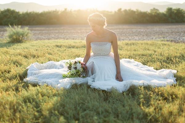 summer-wedding-athens-bohemian-elements-baby-breaths_05