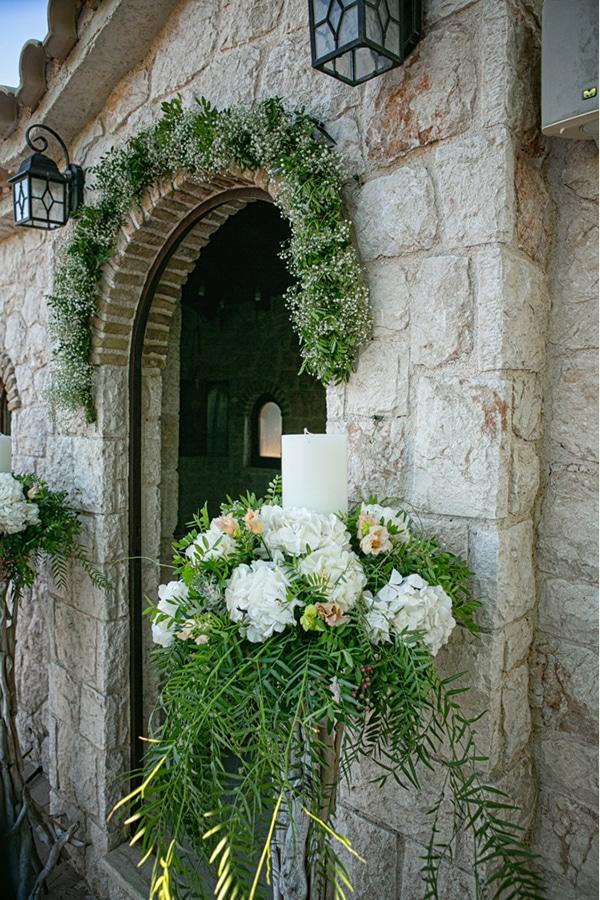 summer-wedding-athens-bohemian-elements-baby-breaths_10