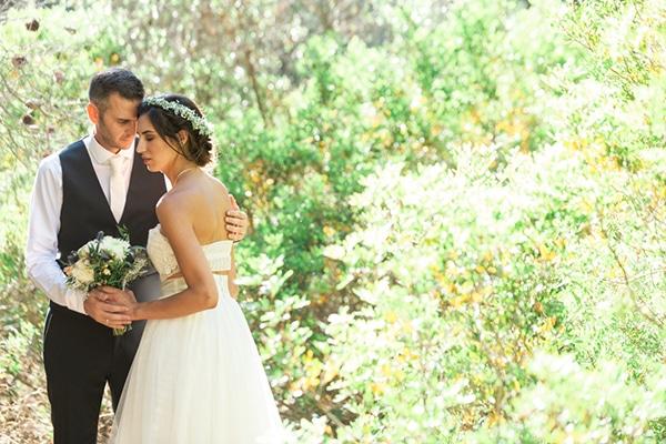 summer-wedding-athens-bohemian-elements-baby-breaths_15
