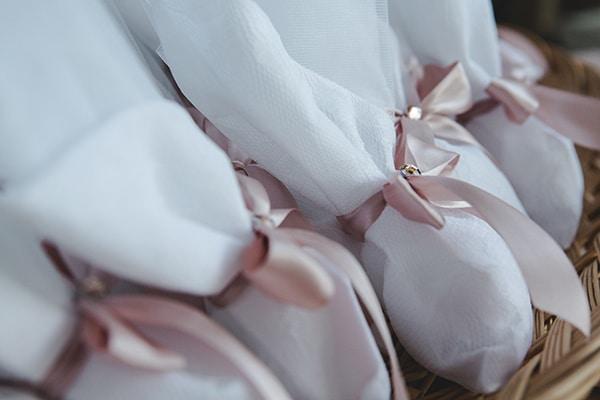 summer-wedding-athens-rink-romantic-details_04
