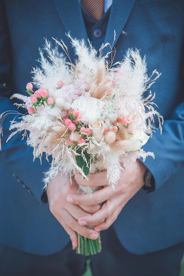 bohemian-summer-wedding-athens-pampas-grass-roses-pink-coral-hues_19