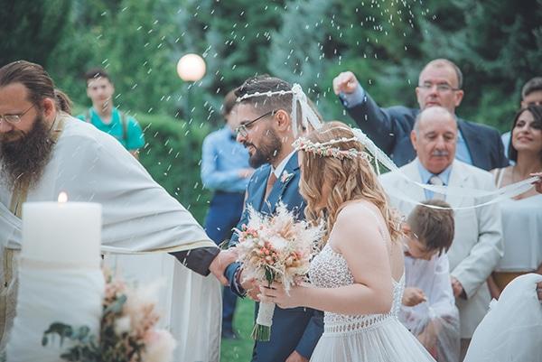 bohemian-summer-wedding-athens-pampas-grass-roses-pink-coral-hues_26