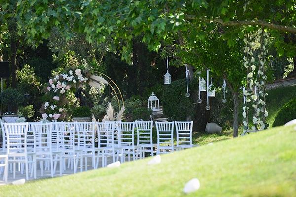 dreamy-wedding-summer-alsos-nymfwn-hydrangeas-roses-white-pink-color_08