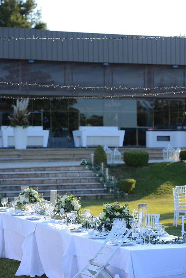 dreamy-wedding-summer-alsos-nymfwn-hydrangeas-roses-white-pink-color_32