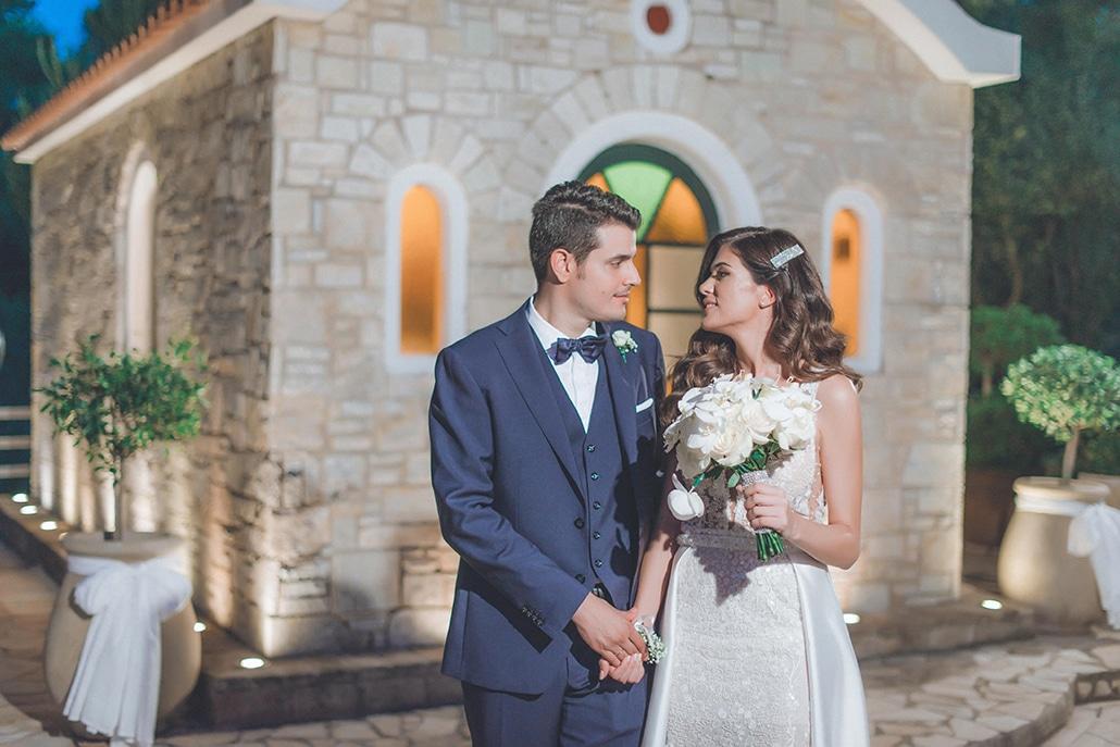 Elegant καλοκαιρινός γάμος στην Αθήνα με ορτανσίες και τριαντάφυλλα στα χρώματα του λευκού και του ροζ │Αλεξάνδρα & Χρήστος