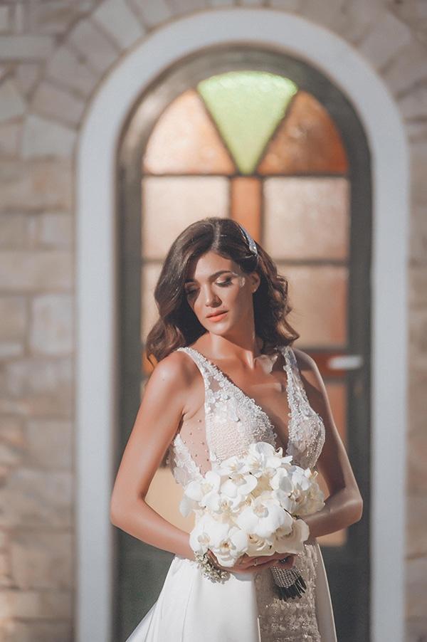 elegant-summer-wedding-hydrangeas-roses-tones-white-pink_02