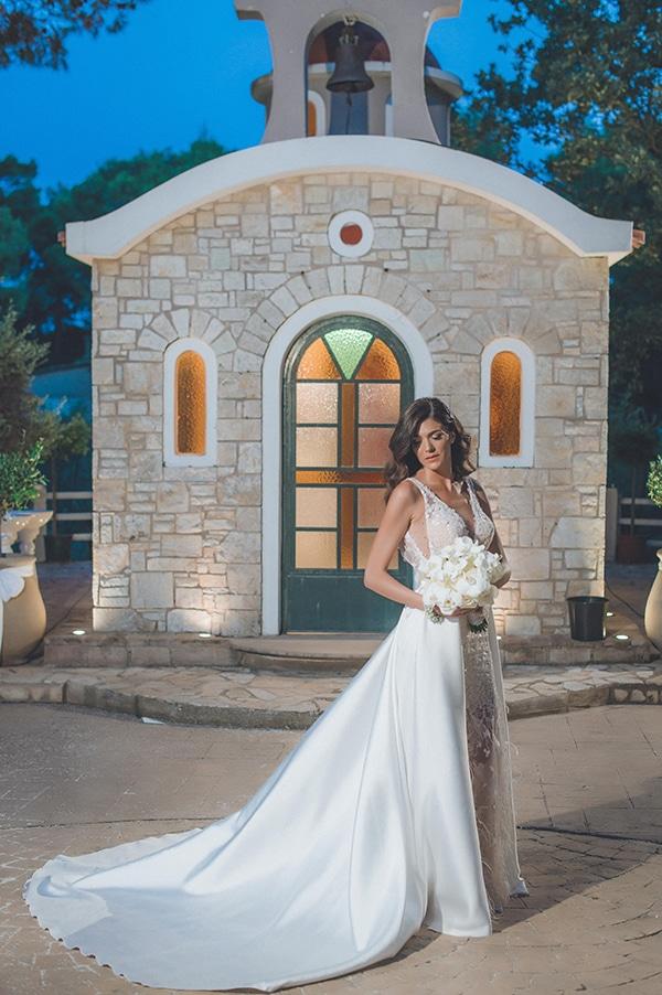 elegant-summer-wedding-hydrangeas-roses-tones-white-pink_05