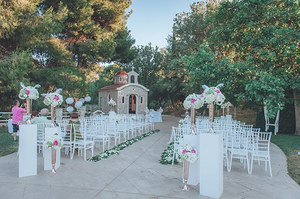 elegant-summer-wedding-hydrangeas-roses-tones-white-pink_22