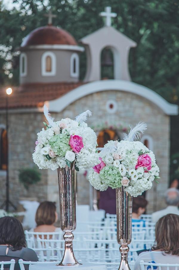 elegant-summer-wedding-hydrangeas-roses-tones-white-pink_25