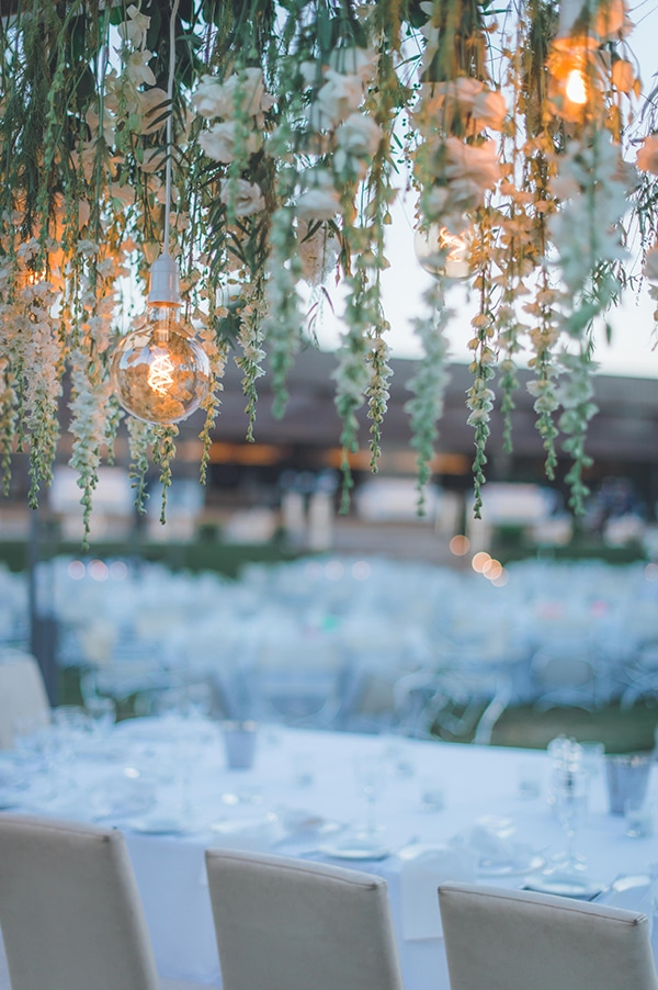elegant-summer-wedding-hydrangeas-roses-tones-white-pink_31