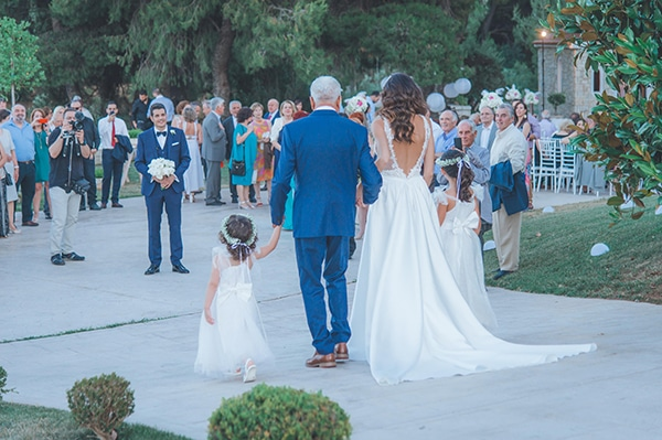 elegant-summer-wedding-hydrangeas-roses-tones-white-pink_34