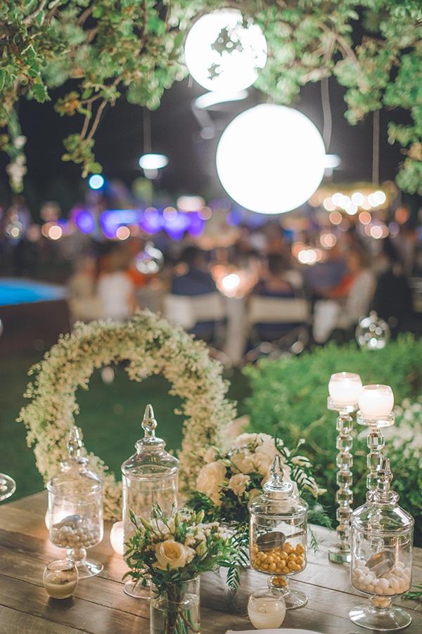 elegant-summer-wedding-hydrangeas-roses-tones-white-pink_50x