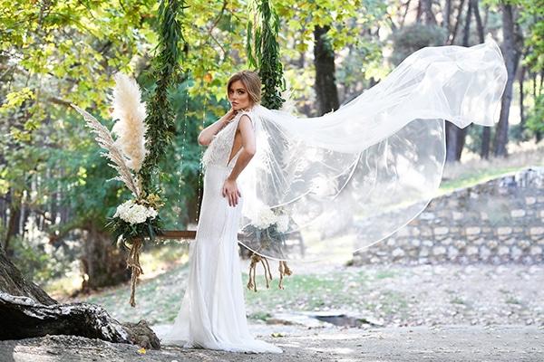 fairytale-styled-photoshoot-wedding-dresses-lush-florals_01