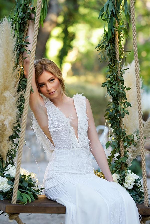 fairytale-styled-photoshoot-wedding-dresses-lush-florals_02x