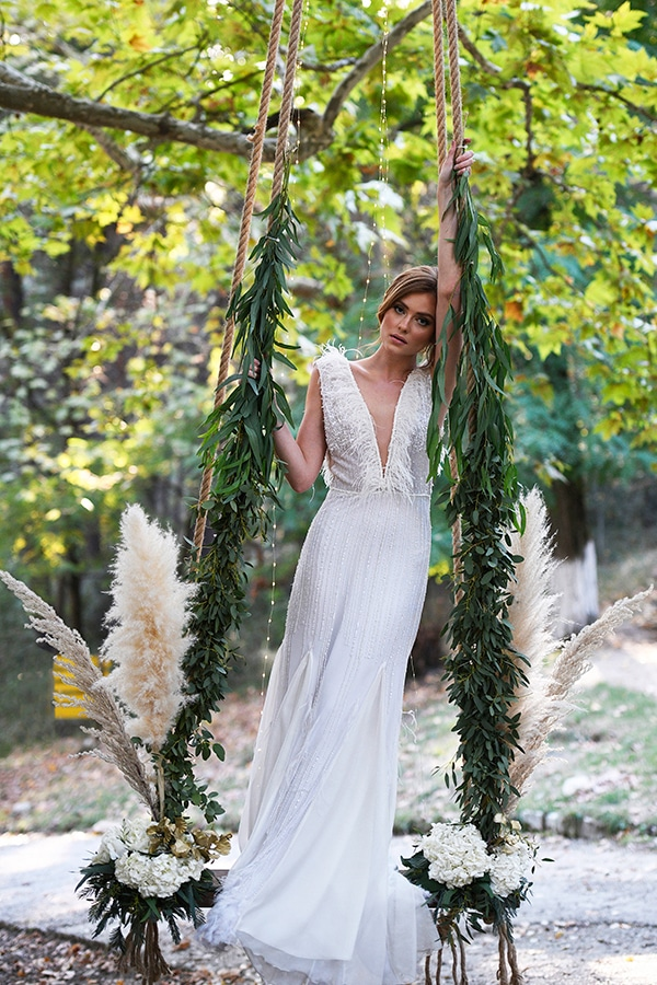 fairytale-styled-photoshoot-wedding-dresses-lush-florals_03