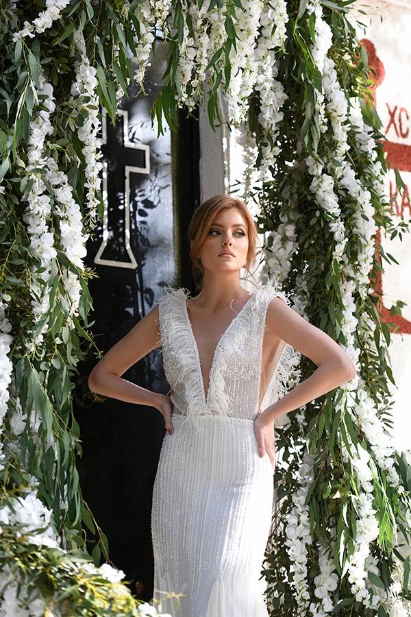 fairytale-styled-photoshoot-wedding-dresses-lush-florals_04x