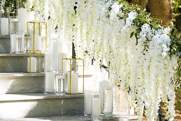 fairytale-styled-photoshoot-wedding-dresses-lush-florals_05