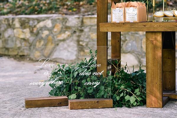 fairytale-styled-photoshoot-wedding-dresses-lush-florals_09