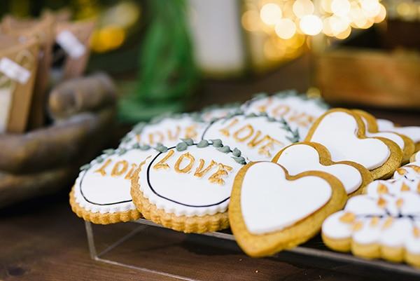 fairytale-styled-photoshoot-wedding-dresses-lush-florals_12x