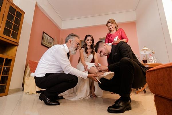 fall-wedding-larisa-baby-breaths-lisianthus_10