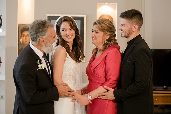 fall-wedding-larisa-baby-breaths-lisianthus_13