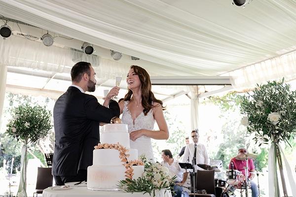 fall-wedding-larisa-baby-breaths-lisianthus_30