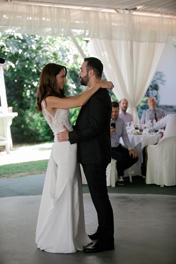 fall-wedding-larisa-baby-breaths-lisianthus_32