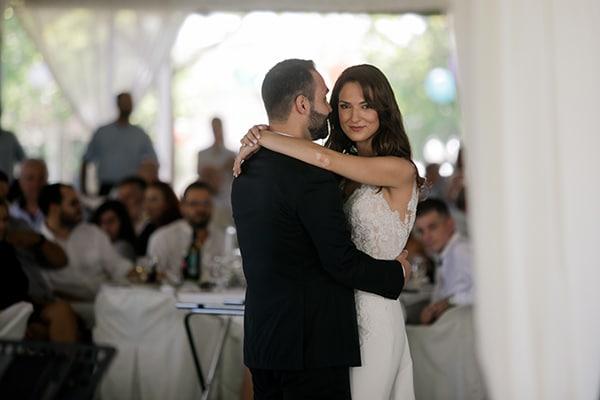 fall-wedding-larisa-baby-breaths-lisianthus_33