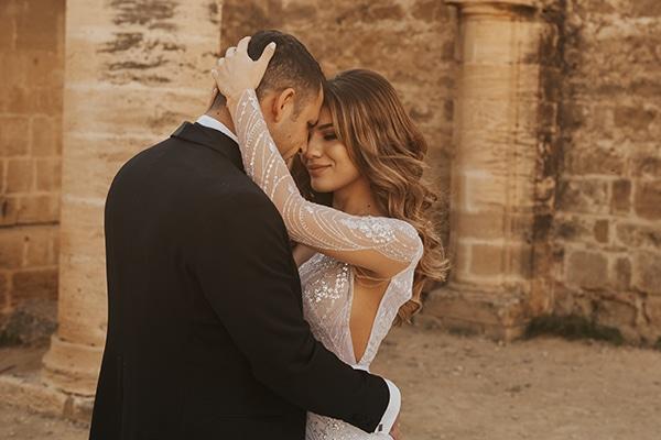 fall-wedding-nicosia-elegant-elements-pastel-tones_01