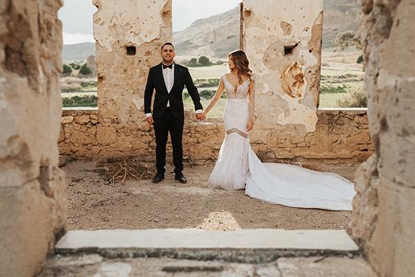 fall-wedding-nicosia-elegant-elements-pastel-tones_05