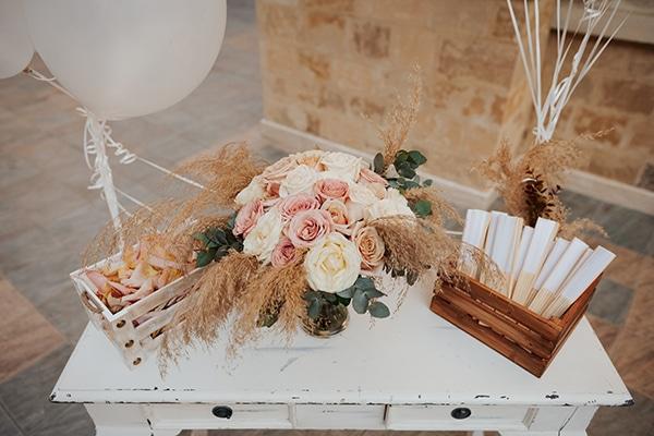 fall-wedding-nicosia-elegant-elements-pastel-tones_14