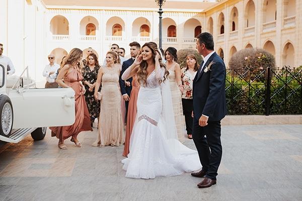 fall-wedding-nicosia-elegant-elements-pastel-tones_20