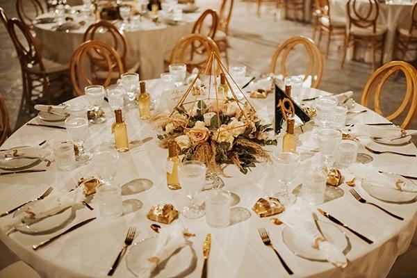 fall-wedding-nicosia-elegant-elements-pastel-tones_32