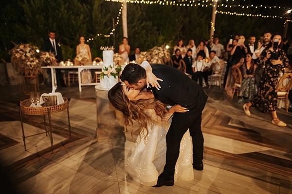 fall-wedding-nicosia-elegant-elements-pastel-tones_35