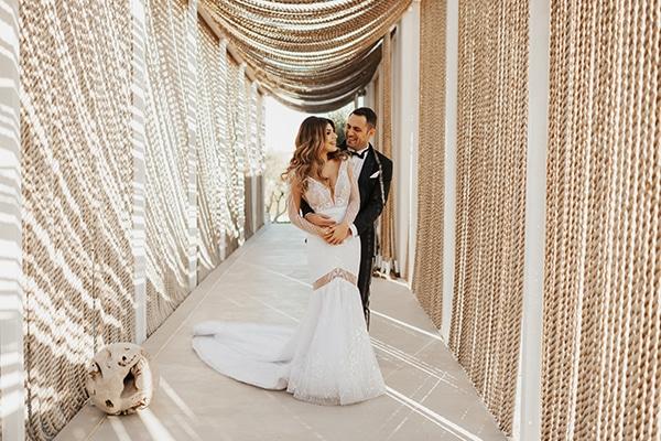fall-wedding-nicosia-elegant-elements-pastel-tones_39