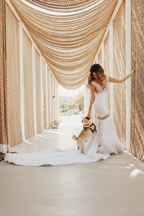 fall-wedding-nicosia-elegant-elements-pastel-tones_43
