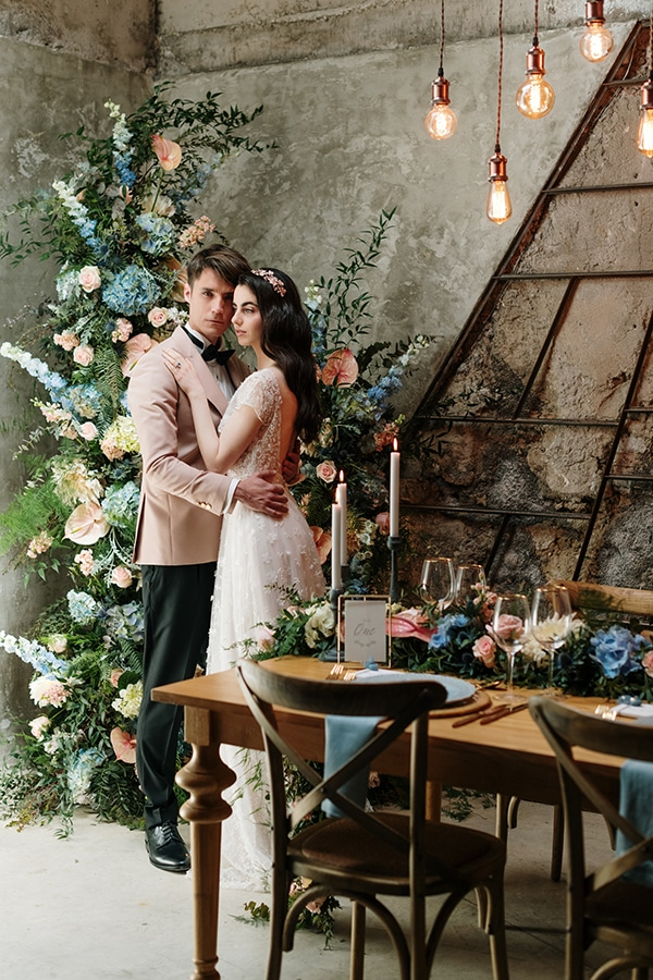impressive-styled-shoot-romantic-rustic-touches-falirikon-art-and-events_09x