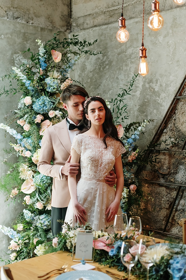 impressive-styled-shoot-romantic-rustic-touches-falirikon-art-and-events_11x