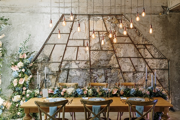 impressive-styled-shoot-romantic-rustic-touches-falirikon-art-and-events_15