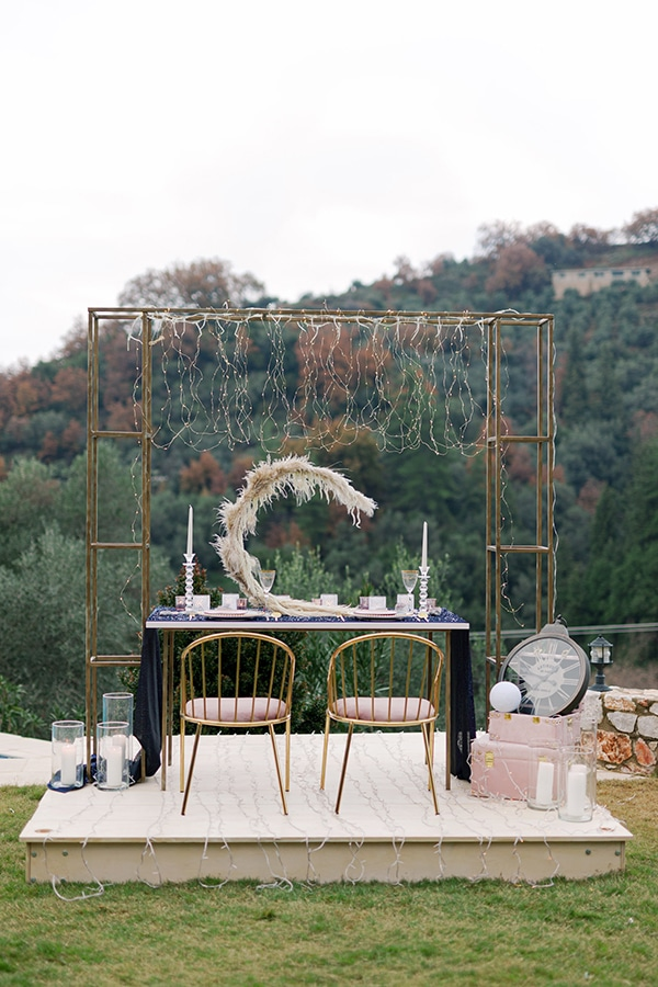 magical-styled-shoot-crete-royal-blue-dusty-pink-hues_13