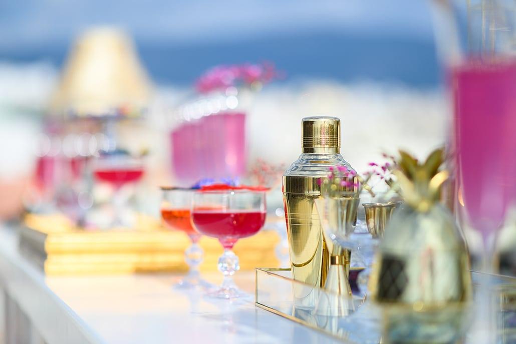 Τα πιο δροσιστικά cocktails και μοναδικές υπηρεσίες bar για το γαμήλιο πάρτι σας