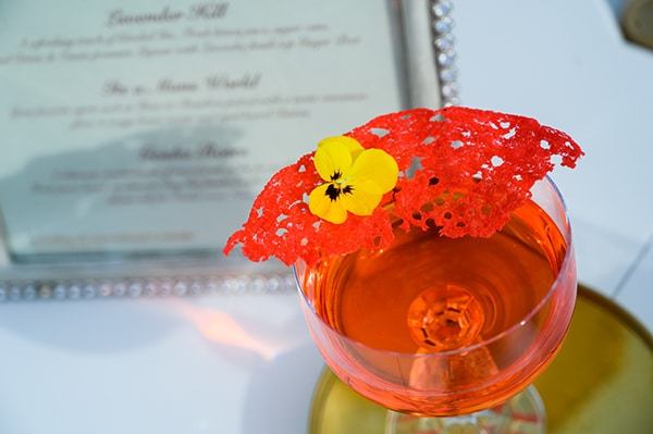 most-refreshing-cocktails-unique-bar-catering-wedding-party_05x