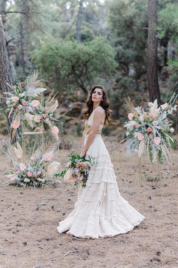romantic-bohemian-styled-shoot-crete-pampas-grass-lilly_04