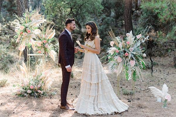 romantic-bohemian-styled-shoot-crete-pampas-grass-lilly_17
