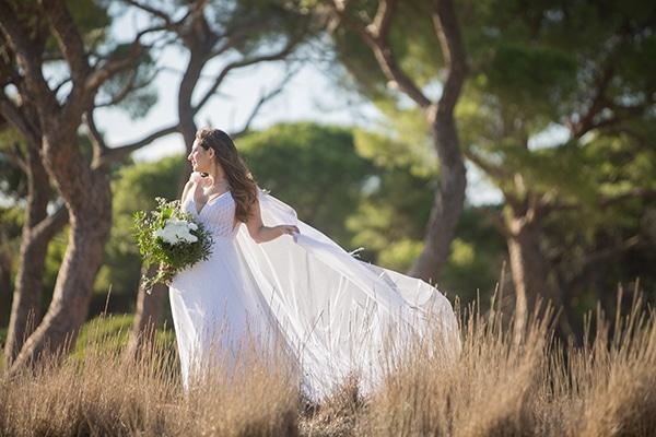 romantic-fall-wedding-athens-white-roses-anemones_02
