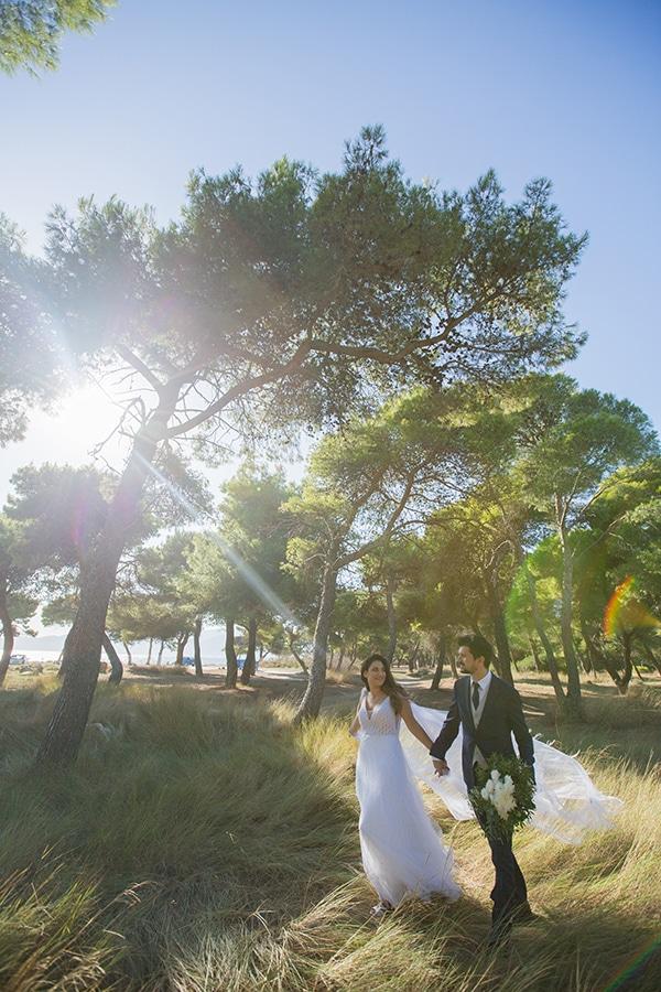 romantic-fall-wedding-athens-white-roses-anemones_05