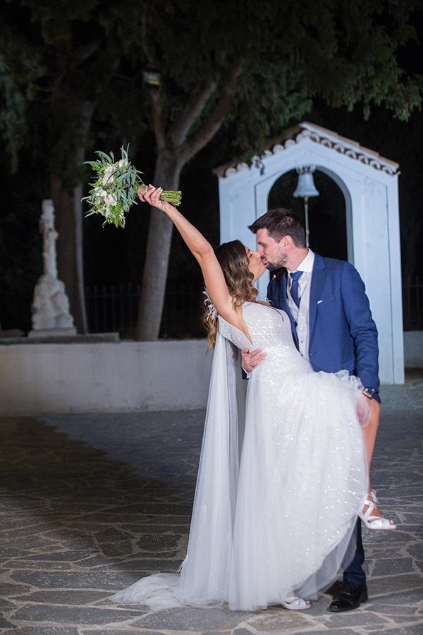 romantic-fall-wedding-athens-white-roses-anemones_29