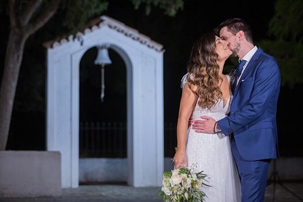 romantic-fall-wedding-athens-white-roses-anemones_31